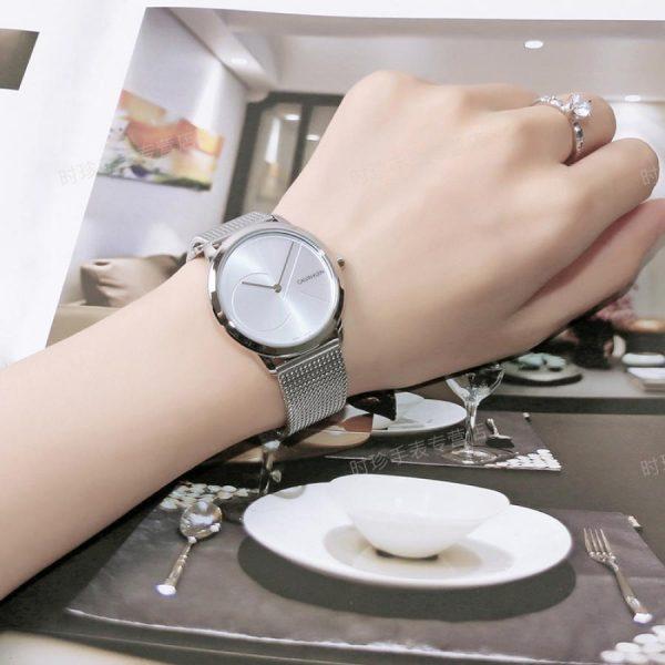 CALVIN KLEIN montre unisexe bracelet à mailles en acier inoxydable - K3M2212Z